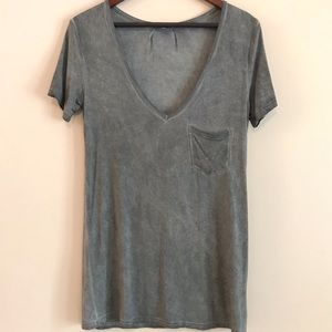 POL Long Gray Deep V Neck Tee - S
